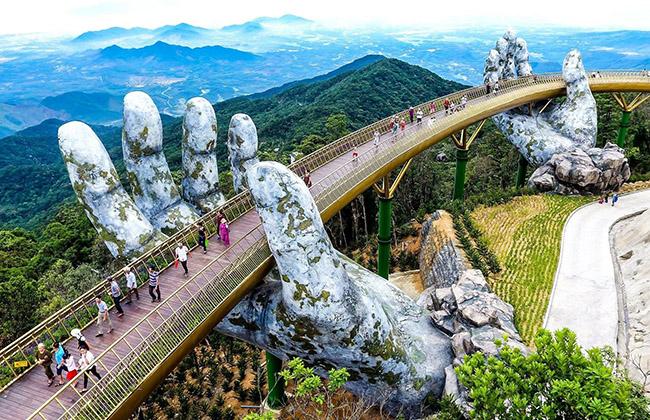 Thuê xe ô tô từ Huế đi Đà Nẵng thăm đà nẵng